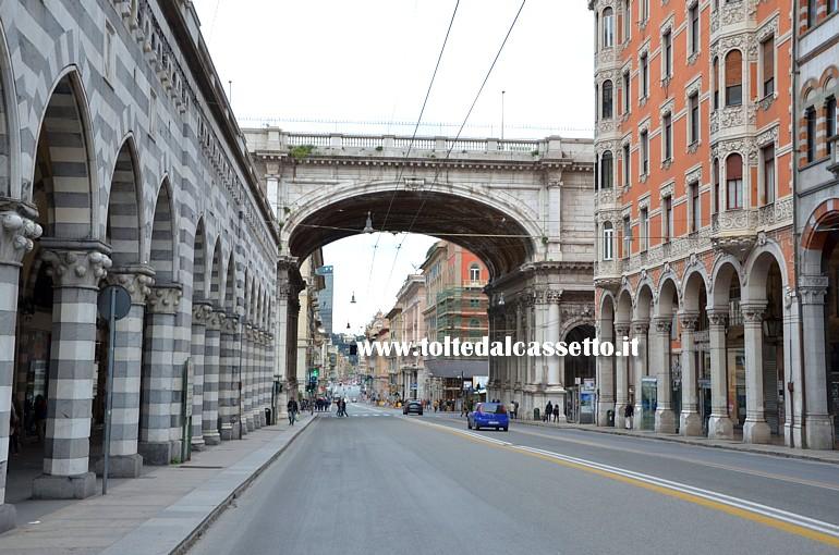 Genova via xx settembre con ponte monumentale direzione - Genova porta principe ...