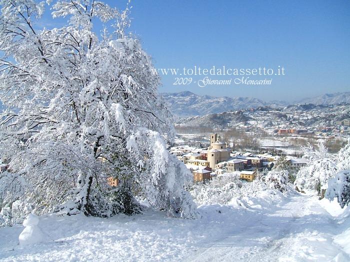 Santo stefano di magra paesaggio invernale dopo una for Paesaggi invernali per desktop