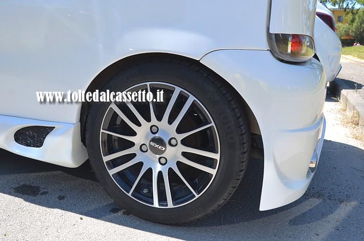 Tuning Cerchi In Lega Dxs Racing E Gomme Pirelli P 6000